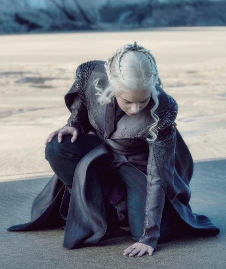Daenerys Targaryen Ejderha Kayası Game of Thrones
