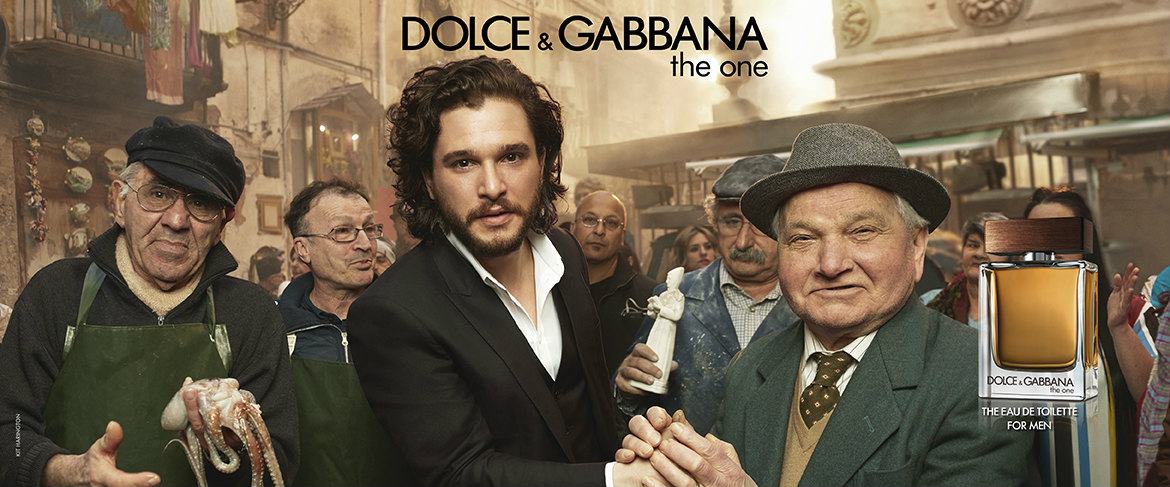 Emilia Clarke ve Kit Harington dolce and gabanna the one